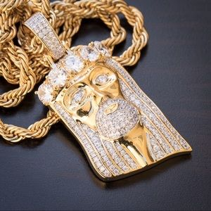 Iced out Jesus Piece And Rope Chain